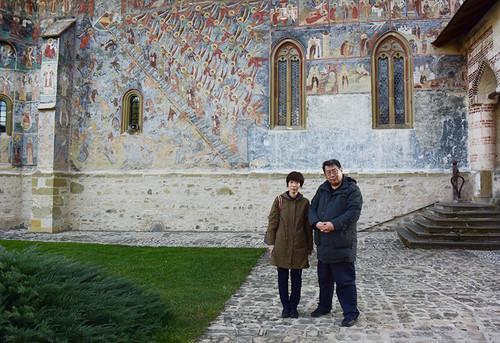 Monastery_sucevita10