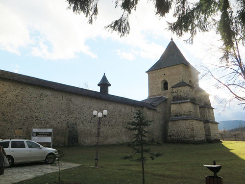 Monastery_sucevita2