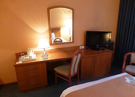 20121015_war_hotel2
